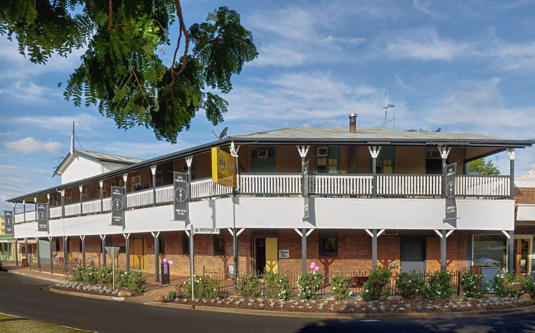 Hotel Cunnamulla Accommodation, Rooms and Tourist Information.