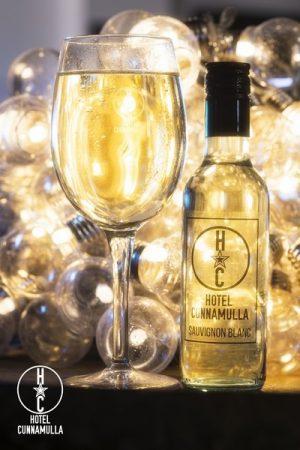 Hotel Cunnamulla Wine Glass